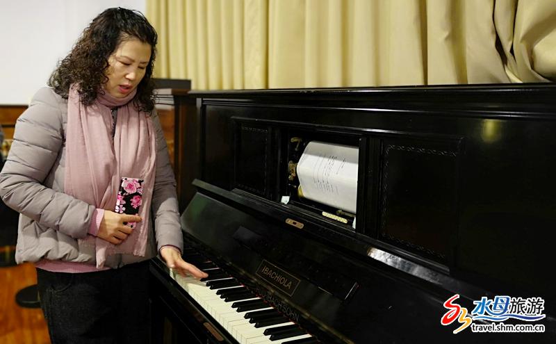 这些有着数百年历史的钢琴卷轴,如今依然可以弹奏出美妙的音乐。