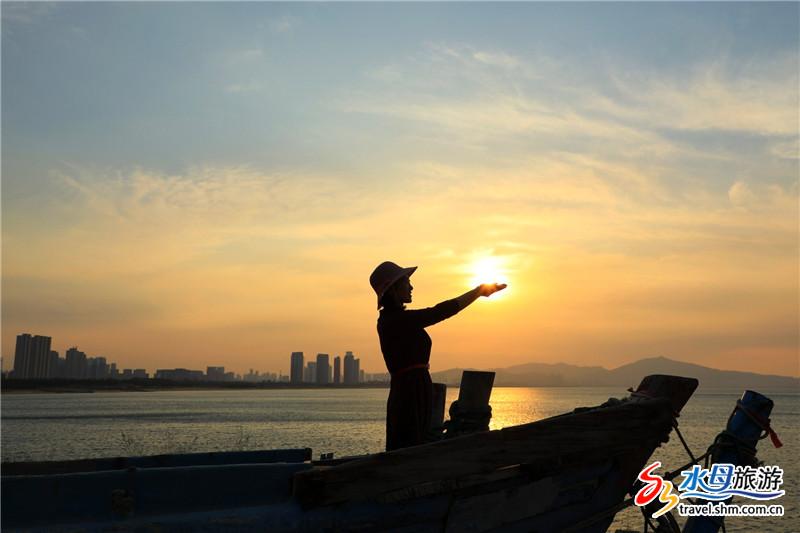 烟台摄影师为你解锁:如何在烟台海边拍摄最美落日